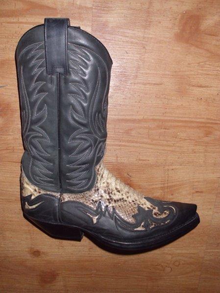 Sendra Boots Gr. 41,5 piton schwarz