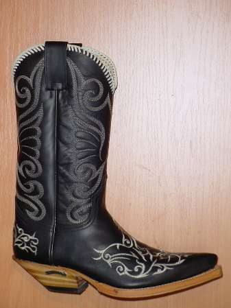 Sendra Boots schwarz - hell-gestickt